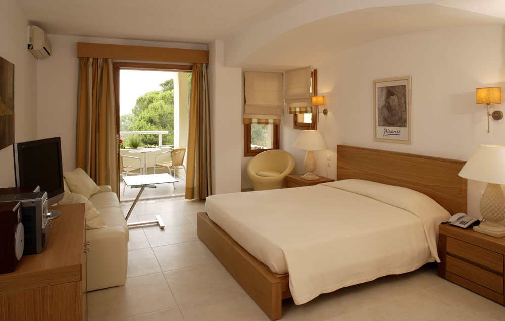 SKIATHOS,SUPERIOR,DELUXE,ROOMS,HOTELS,SKIATHOS,LUXURY ROOMS